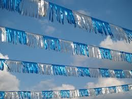 Metallic Streamers (Color: Blue/Silver)